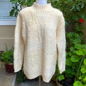 Vintage cream knitted Jones New York wool sweater